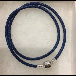 40cm Double blue leather bracelet/necklace 🌹